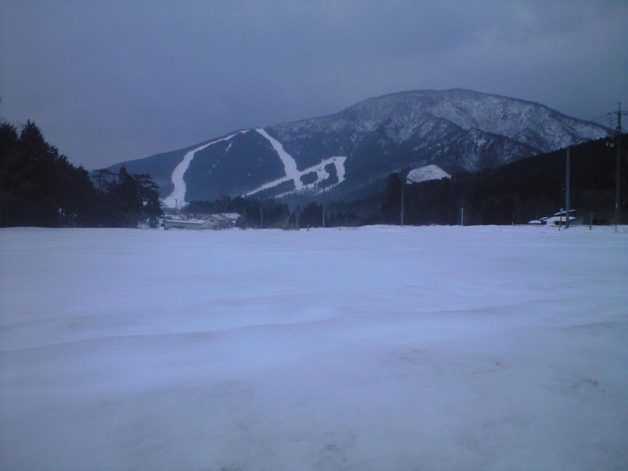 鳥取県が近づくと急に雪が(汗)