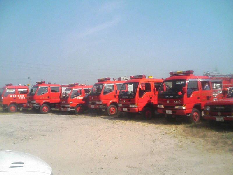 西部地区の消防訓練