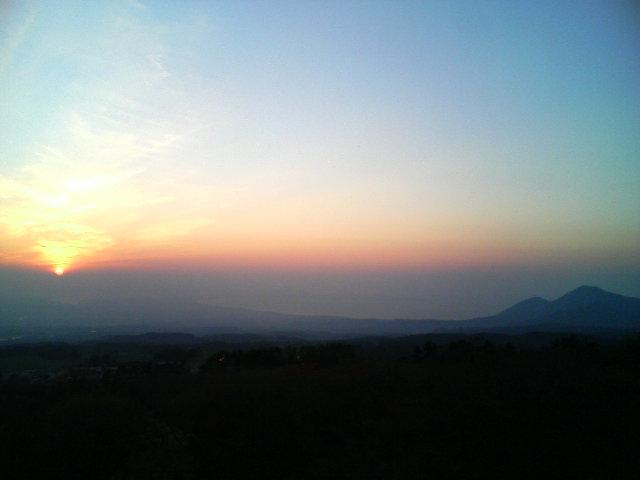 大山から見た、島根半島に沈む夕日