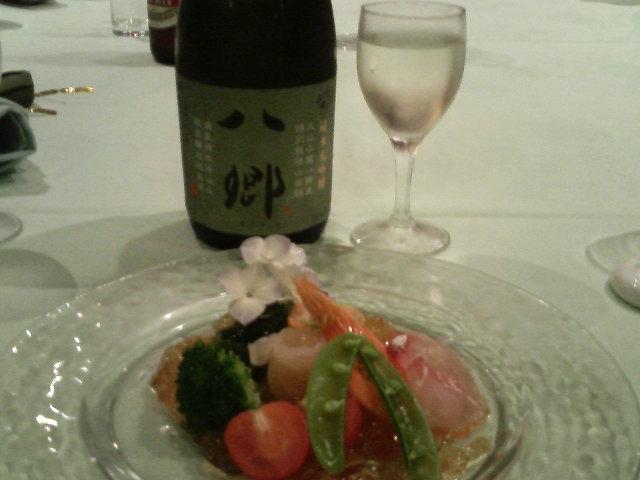とりあえず、日本酒で乾杯〜!